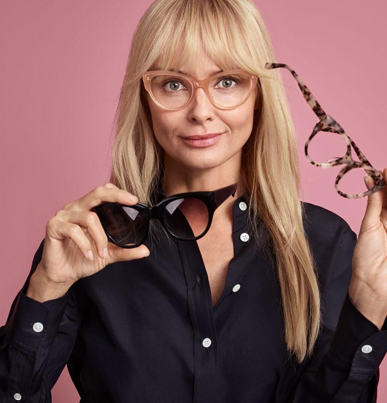 Brilleabonnement - briller til fast pris uanset styrke I Smarteyes